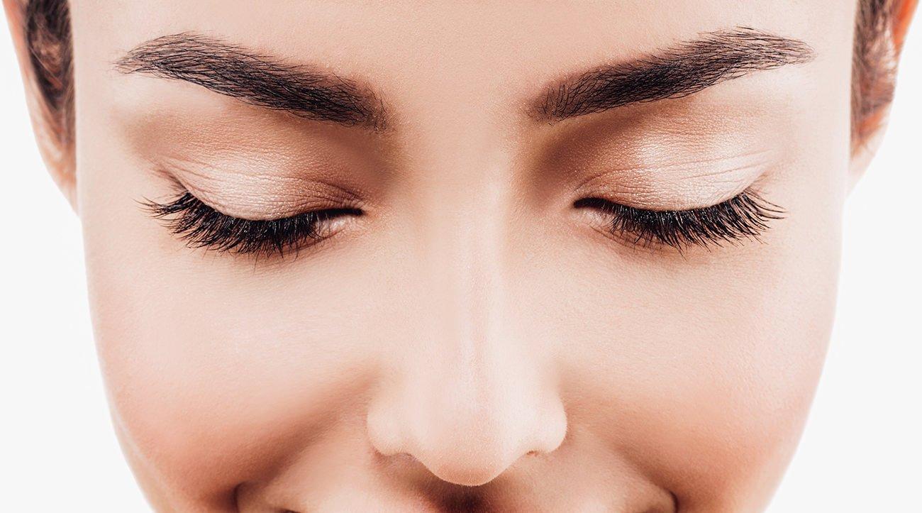 6 choses que j'aurais aimé savoir avant de broder les sourcils et les eye-liner