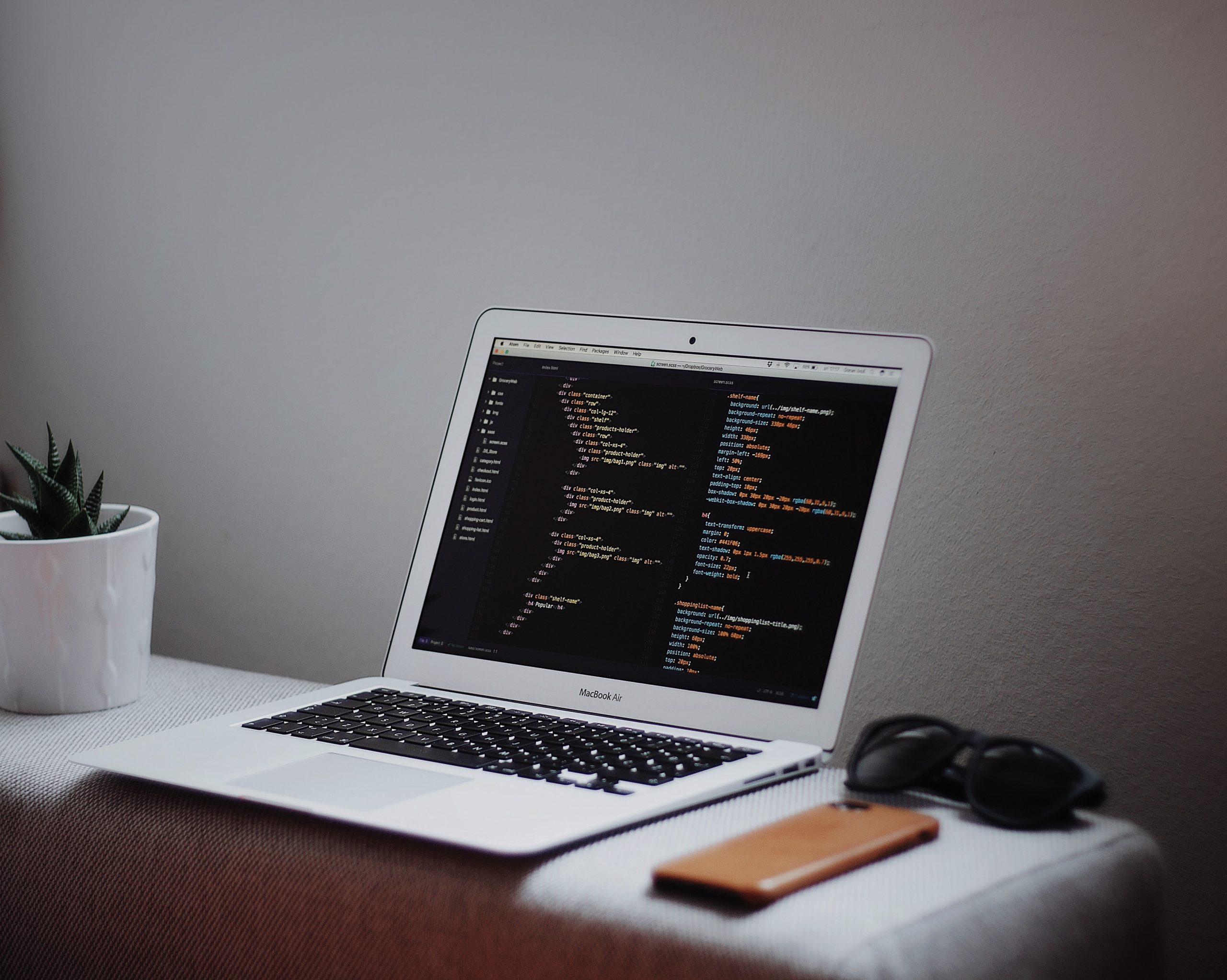 Quel est le meilleur langage de code à apprendre en premier ?