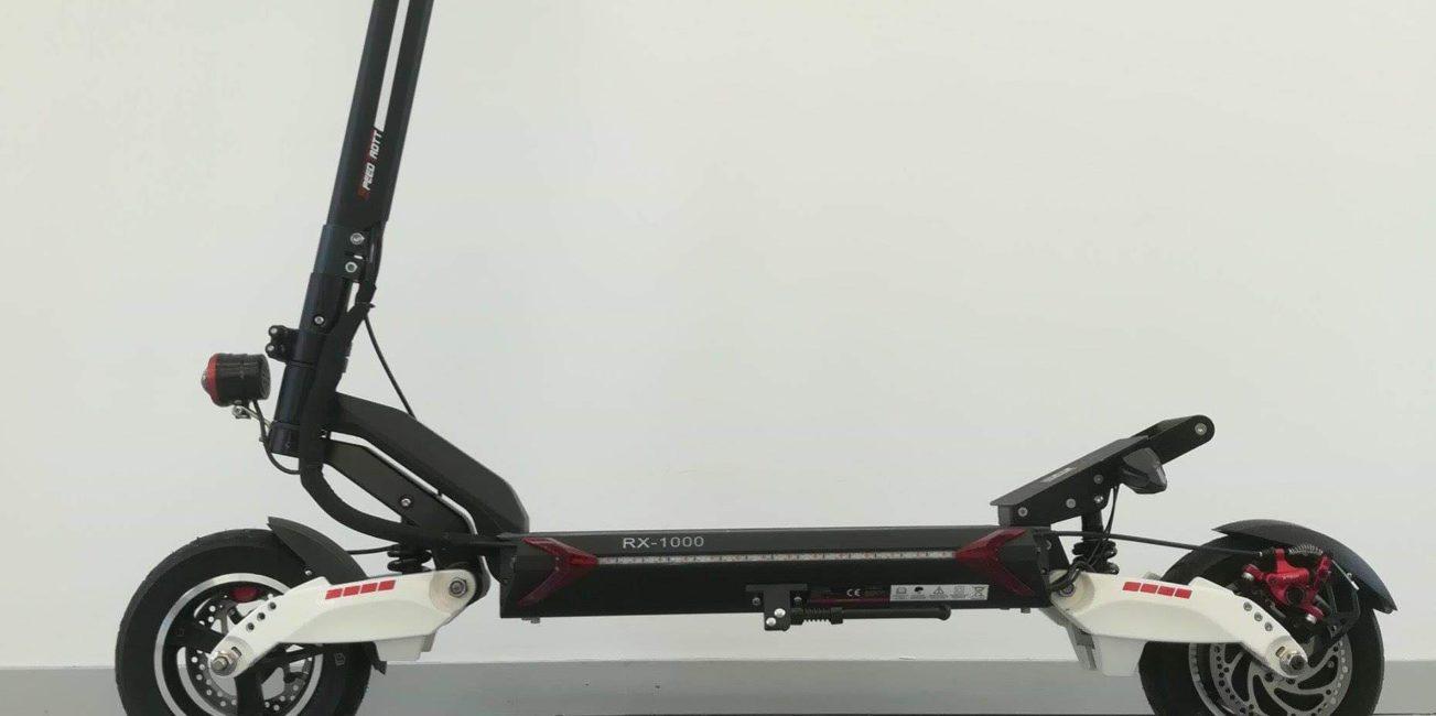 Comment conduire un scooter électrique speedtrott rx2000 en toute sécurité
